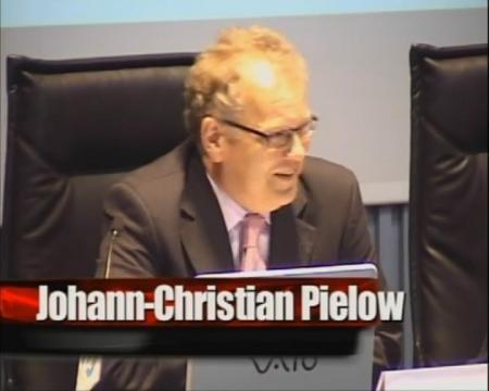 Christhian Pielow. Catedrático de Dereito Administrativo da Universidade de Bochum. Director do Instituto de Dereito Enerxético da Universidade de Bochum - Xornadas Internacionales sobre Estructura e Organización Territorial da Administración Local